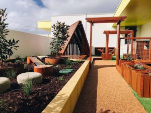 beautiful outside playing area for kids of nido child care centre at iluka